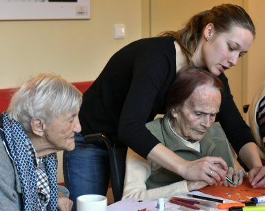 Międzypokoleniowe spotkanie w Domu Pomocy Społecznej w Sopocie