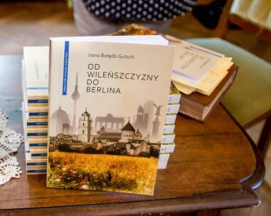Seniorzy z DPS na promocji książki w Muzeum Sopotu